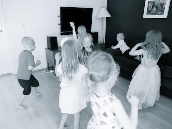 30 vinkkiä ja ideakuvat lastenjuhliin – katso!