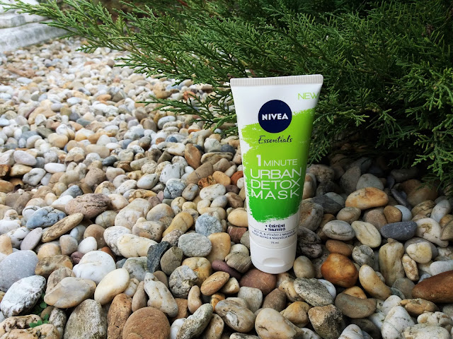 NIVEA | 1 Minute Urban Detox Mask