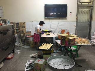 現場手工製作牛舌餅