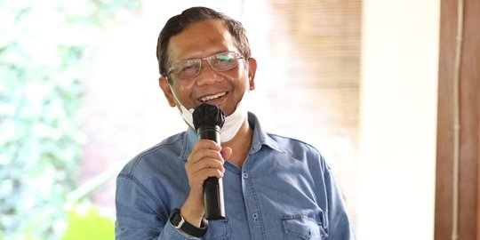 Mahfud MD Sebut Koruptor Bersatu Hantam KPK, Netizen: Dan Bapak Diam Saja?