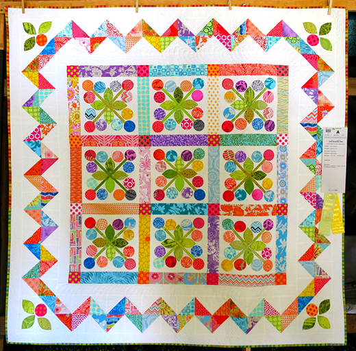Flower Pops Quilt designed by Alex Anderson of Quilters Select for RJR Fabrics, quilted by Angela Walters