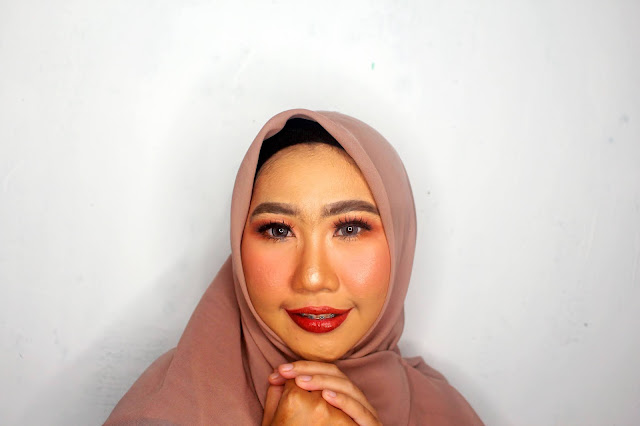 Makeup wisuda purworejo