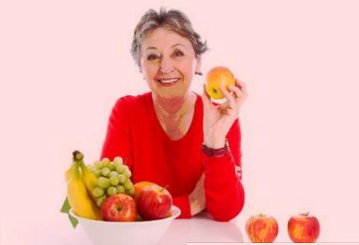 اهم الاغذيه وفوائدها للمسنين  (كبار السن )