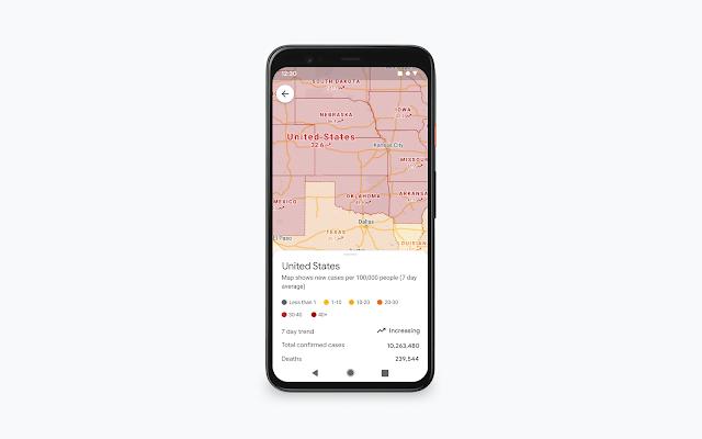 Ein Smartphone zeigt eine Google Maps Karte der USA