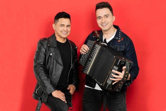 """Jorge Celedón posiciona los primeros éxitos de su álbum """"Sigo cantando al amor"""""""