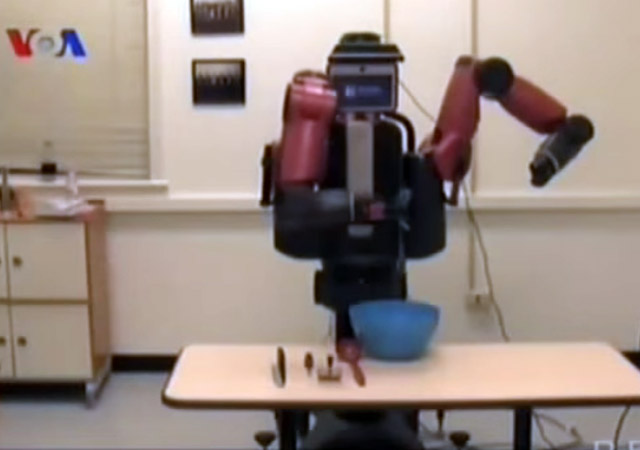 Robot masak pembantu manusia