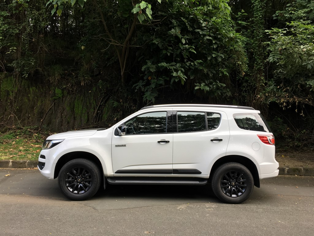 Car And Driver S 25 Cars Worth Waiting For 2022 Gmc Jimmy Chevy Colorado Gmc Canyon
