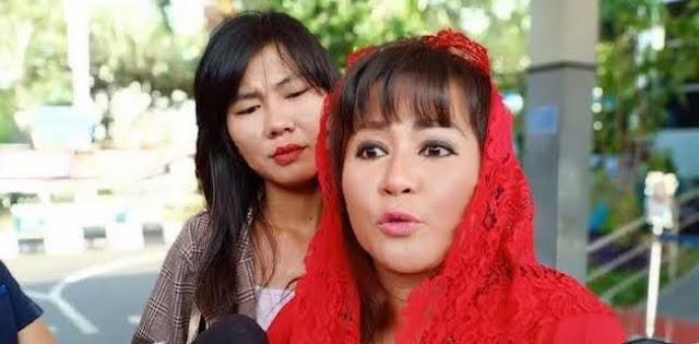 Sebelum Novel Baswedan, Dewi Tanjung Pernah Laporkan Prabowo dan Habib Rizieq Shihab