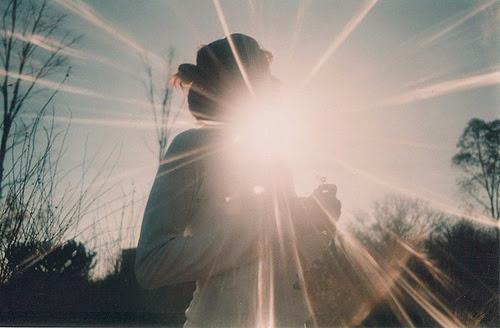 Resultado de imagem para A Luz de Deus Sobre Nós
