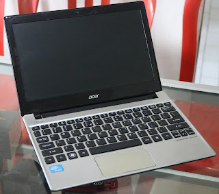 Laptop Bekas Acer Aspire AO756