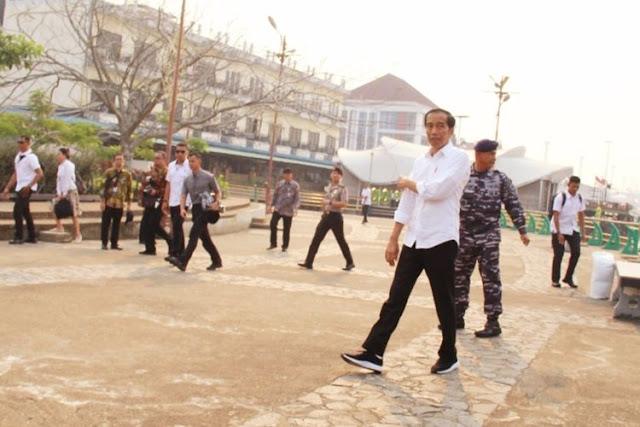 Jokowi Tidak Mengetahui Ketok Palu Revisi UU KPK Di DPR