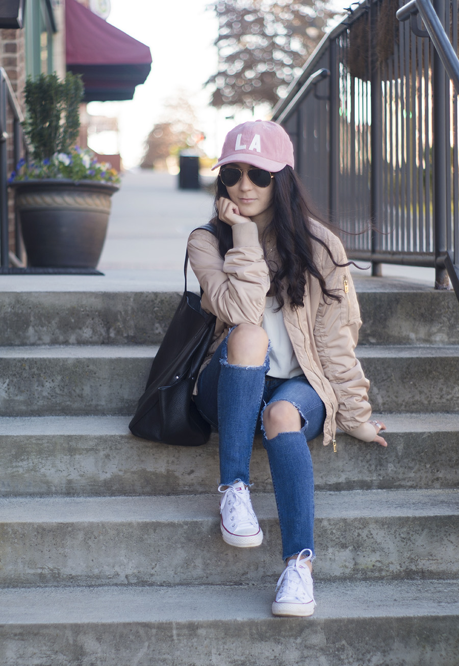 cute outfits baseball cap, ripped jeans, white converse