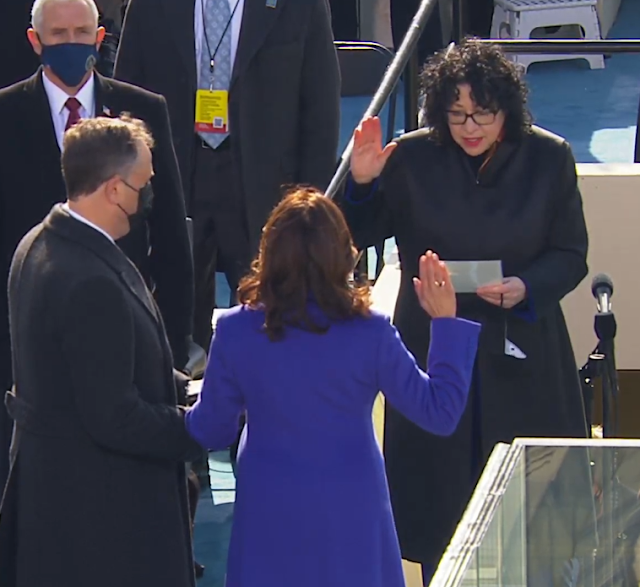 Inauguration 2021 Kamala Harris Sonia Sotomayor Mike Pence mask vice president oath of office