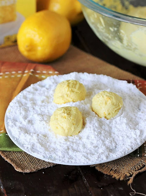 How to Make Lemon Crinkle Cake Mix Cookies Image