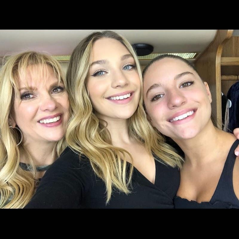 Maddie Ziegler Instagram Snaps 23 Mar-2020
