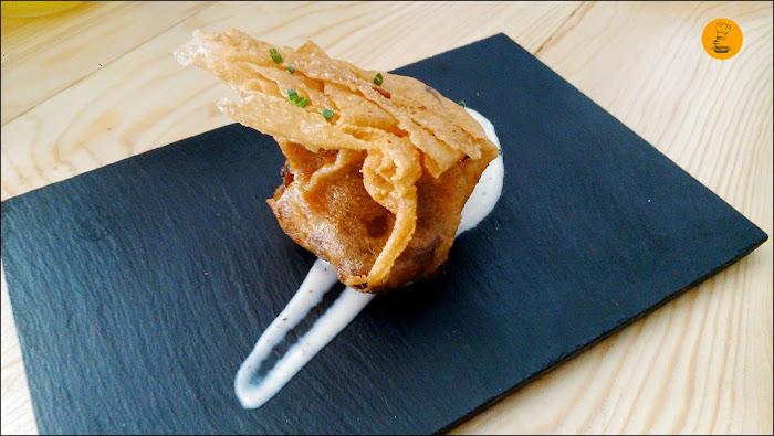 Top10: Saquito de langostinos y setas con salsa de puerro
