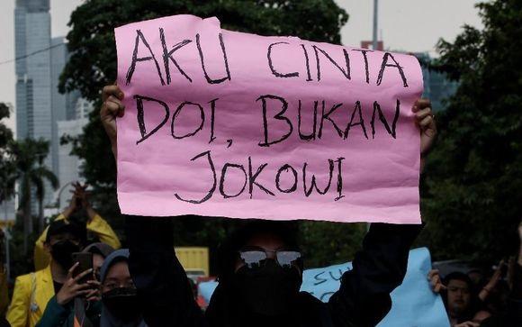 H-2 Novel Baswedan Cs Dipecat, Pegawai KPK: Kenapa Pak Jokowi Masih Juga Belum Tergerak Hatinya?!