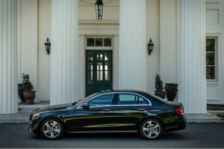 Đánh giá Mercedes E350 2020 - sedan tiệm cận E-Class cao cấp