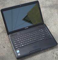 Laptop bekas Toshiba B40-a