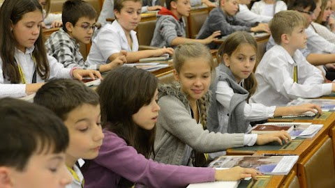Gyermek és Ifjúsági Országgyűlést tartottak a parlamentben
