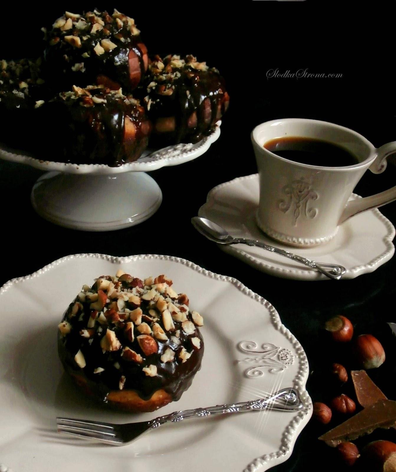 http://www.slodkastrona.com/2015/02/paczki-z-nutella-czekoladowa-polewa-i.html