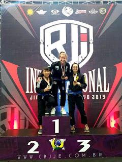 Registrense Daniele Kaori é Ouro e Prata no BJJ Internacional