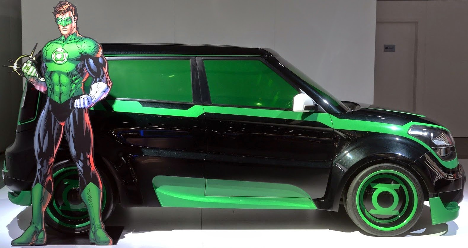 The Green Lantern Vs the KIA Soul
