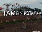Taman Kota Raja Tenggarong yang Eksotis, Unik dan Ramai Pengunjung
