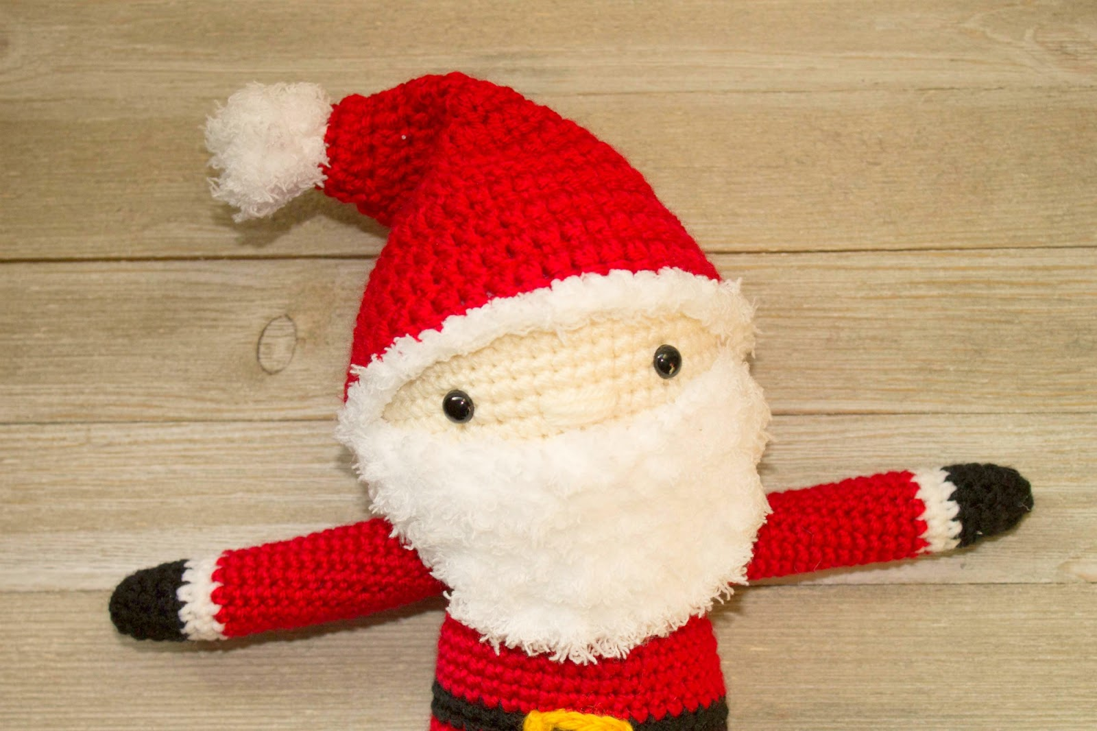 Free crochet santa pattern the friendly red fox you can find the ad free printable pdf bankloansurffo Image collections