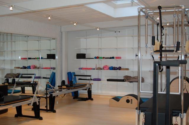 zest for pilates me myself pilates. Black Bedroom Furniture Sets. Home Design Ideas