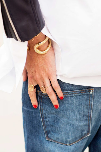 nails and stacked rings by jenna lyons