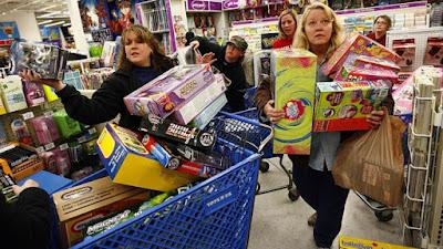 خصومات وتخفيضات حصرية تصل إلى 70% في الجمعة السوداء Black Friday منمواقع التسوق