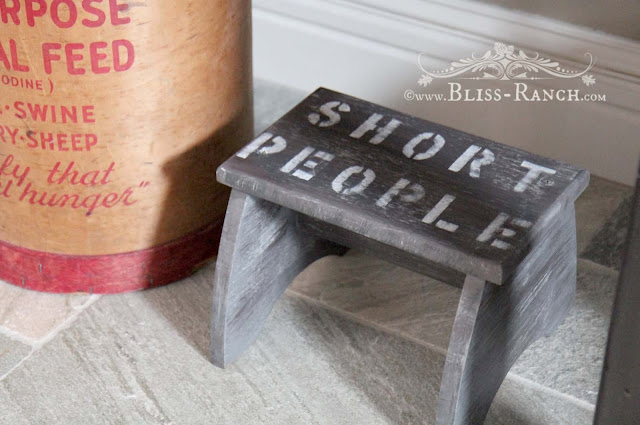 Step stool Short People Bliss-Ranch.com