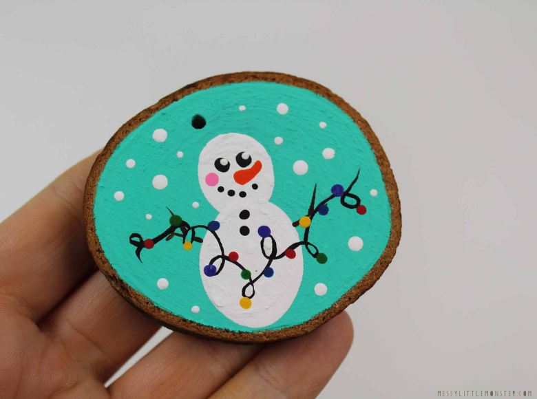 wood slice ornament ideas - snowman