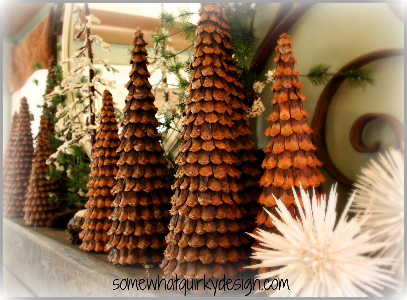 Christmas decorations with large pine cones grills zubeh r for Large pine cones