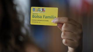Pagamento do Abono Natalino do Bolsa Família na Paraíba começa nesta segunda-feira (10).
