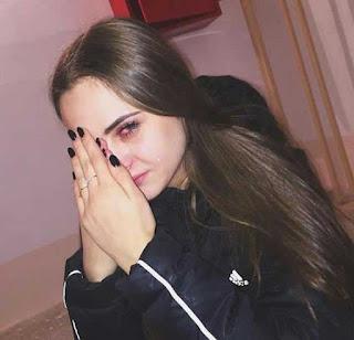 بنت تبكي جداً ، خلفيات حزينة بكاء زعل