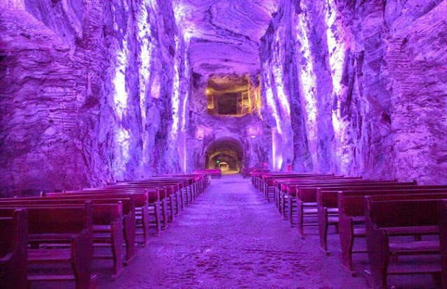 Πανέμορφες εκκλησίες σε σπήλαια!