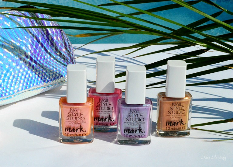 Opalizujący Lakier do paznokci Avon Mark Nail Style Studio - unicorn