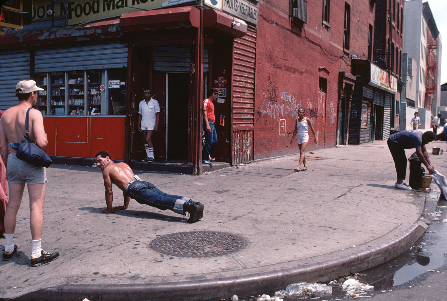 1 Bedroom Apartments In The Bronx 35 Intimate Photographs Captured New York S Puerto Rican
