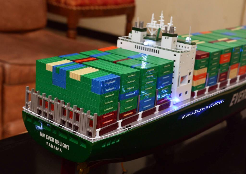 harga miniatur kapal container mv ever delight evergreen termurah