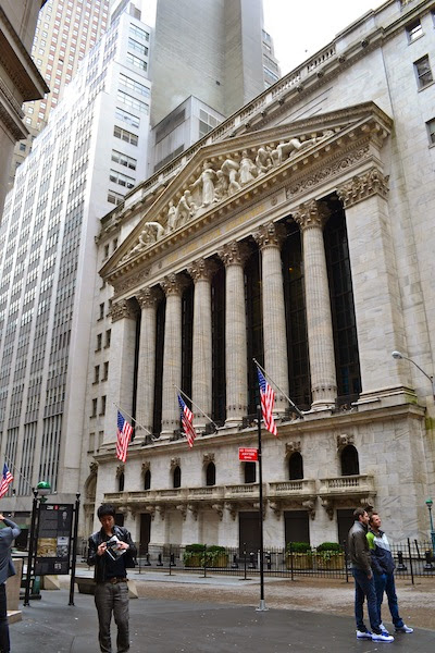 STOCK EXCHANGE - BOLSA DE VALORES DE NEW YORK