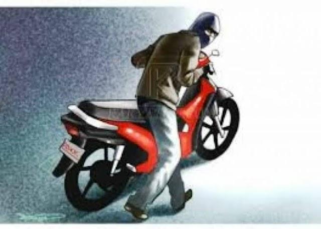Di parkir dekat telaga, sepeda motor Honda Revo raib digondol maling
