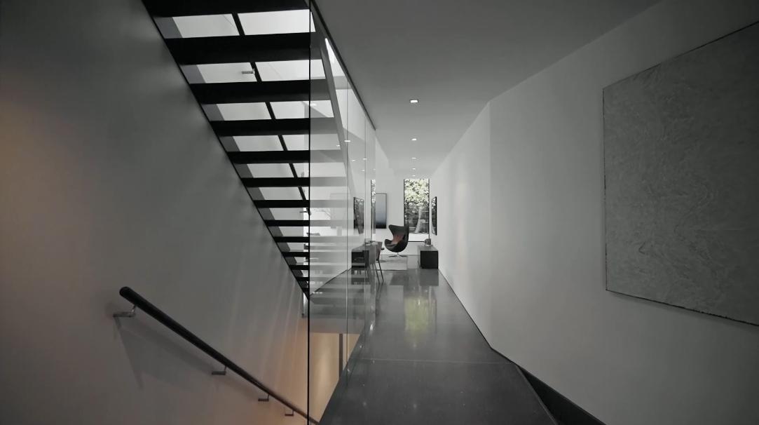 30 Photos vs. 22 Edgecombe St, Kew, Vic, Australia Interior Design Luxury Home Tour