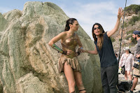 Wonder Woman (2017) Gal Gadot and Patty Jenkins Set Photo 3 (59)