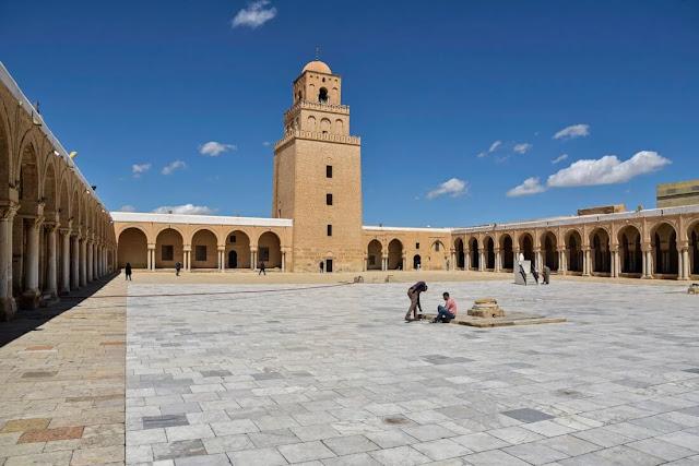 جامع القيروان الكبير ، أقدس بقعة في تونس