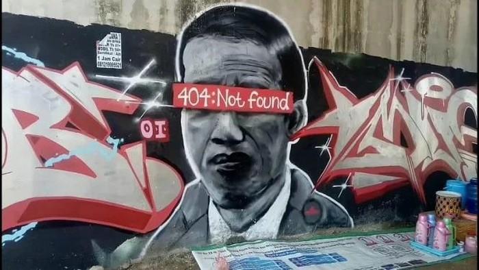 """Mural Mirip Presiden Jokowi Dipaksa Hapus, Pengamat Politik Bandingkan Saat Nama SBY Ditulis di Kerbau """"Si BuYa"""""""