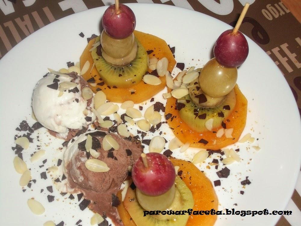 koreczki owocowe na parze