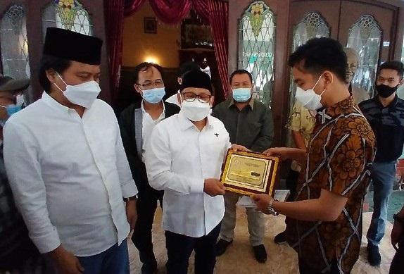 Para Petinggi Parpol Mendadak Ramai Temui Gibran, Demi Rebut Hati Jokowi?