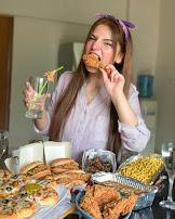 [Viral Girl] Dananeer Mobeen Height, Age, Boyfriend, Family, Biography, Images & More (Pawri Horahi Hai)